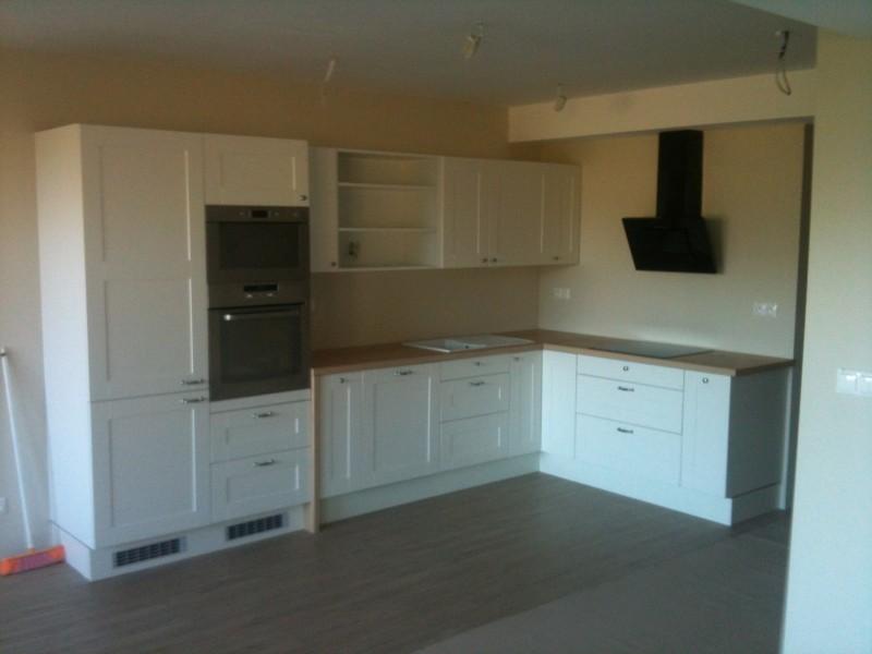 Maľovka, podlaha, sanita a nábytok